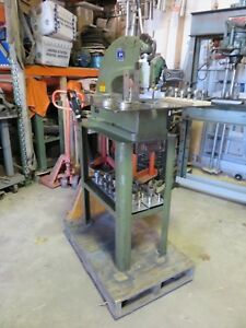 Di Acro 2 Punch Diacro W 2 3 4 Shoe stand table Punch Press Roper Whitney