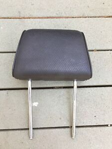 Bmw E30 325is 318is 3 Series Oem Black Perforated Headrest Head Rest