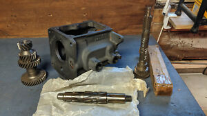 T 86aa Nos Transmission Case And Gear Set 4 Parts Jeep Willys Cj Jeepster