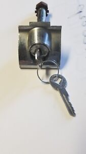 1963 Lincoln Continental Trunklock With Keys