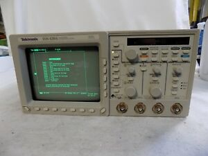 Tektronix Tds420a 200 Mhz 4 channel Digitizing Oscilloscope