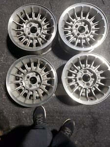 Set Of 4 1987 90 Oem 15 Ford Mustang Factory Gt Turbine Wheels W Caps Vintage