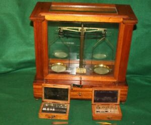 A Gallenkamp Co Jewelers Apothecary Balance Scale W 2 Boxes Weights Inv Wh01