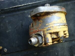 Good Used Single Gear Pump Off New Holland Skid Steer Works Buck And Lift