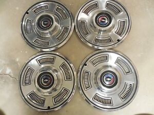 Chevrolet Chevelle 1967 Hubcaps Very Good Cond Original Set Of 4 Chevy Bowtie