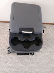 09 18 Dodge Ram Oem Center Console Jump Seat With Seatbelt Gray With Tray
