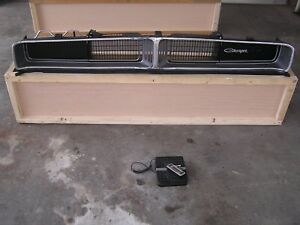Dodge Charger 1969 Original Front Grille Grill Reconditioned Nice Setup Mopar