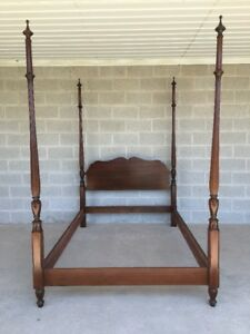 Pennsylvania House Cherry Chippendale Style Full Double Reeded Poster Bed