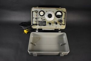 Vintage Sms Instruments An urm 127 Signal Generator No 6625 783 5965 Untested