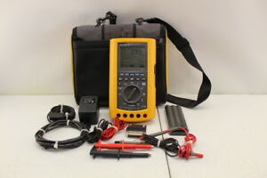 Fluke 867 Graphical Digital Multimeter With Carry Case Cables