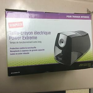 Staples Electric Pencil Sharpener Power Extreme New Heavy Duty Black 21834 H
