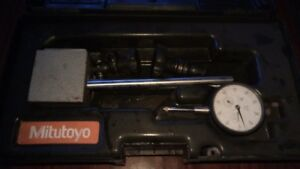 Mitutoyo 7010sn Magnetic Stand With Mitutoyo 2416s Dial Indicator