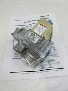 New Honeywell Vr8300c 4514 Standing Pilot Lp Furnace Gas Valve