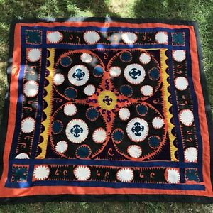 Hand Embroidered Wall Hanging Uzbek Silk Suzani Vintage Old Embroidery