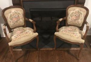 Vintage Chateau D Ax French Provincial Tapestry Ornate Carved Arm Chair 2