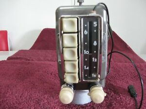 Beautiful Restored 1949 1950 Chevrolet Dlx Radio Without P s 49 50 Plays Fine