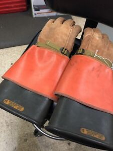 Salisbury Rubber Lineman Electrical Gloves D120 Type 1 Class 2 Size 11 Gloves