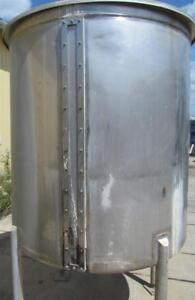 550 Gallon Stainless Steel Tank