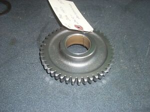 Ford 1715 Tractor Gear Assembly Sba322031460