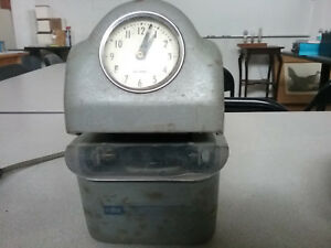 Vintage Cincinnati Recorder Co Time Clock Model 3500