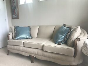 Antique Victorian Style Sofa Couch