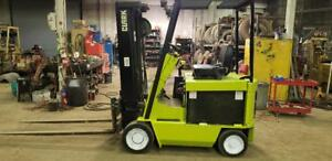 1990 Clark Electric Lift Truck Towmotor Forklift Ecs20 With 36 Volt Charger