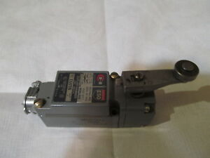 Cutler Hammer Limit micro Switch With Roller Extension