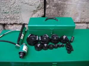 Greenlee 7310 1 2 To 4 Hydraulic Knock out Punch And Dies Set Works Fine