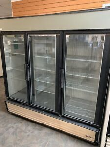 True Gdm 72f 3 Glass Door Reach in Freezer