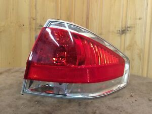 2008 11 Ford Focus Right Passenger Side Taillight W chrome Background 8s4z13404c