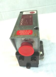 Moog Hydraulic Servo Valve 3000 Psi Model No 062 411 Type S75fogm4nbr