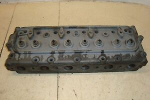 Ford 800 900 Tractor Gas Cylinder Head