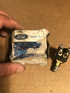 8n Naa Jubilee 801 840 861 800 900 901 2000 4000 Ford Tractor Light Switch Nos