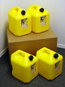 5 Gallon Diesel Can 4 Pack Spill Proof Fuel Container New Clean Boxed