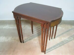Vintage Set Of Three 3 Mahogany Nesting Tables By Baker Furniture High End