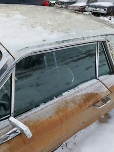 1964 65 66 Ford Thunderbird Lh Left Drivers Door Glass Tinted