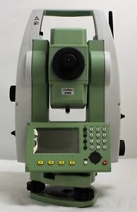 Leica Total Station Ts06 Plus 3 R1000 785785 Tripod