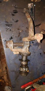 Mccormick Deering 10 20 International Right Hand Spindle 19569 dd 12304 d