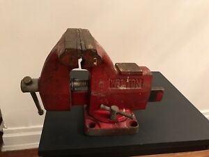 Vintage Red Wilton Bench Vise 5 Jaws Swivel Made In Taiwan