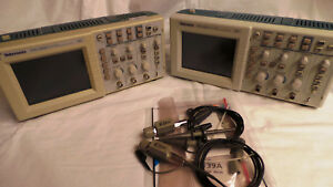 Tektronix Tds1012 Oscilloscope 2 Channel 100mhz Plus Probes