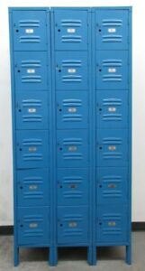 Used Blue Metal Box Employee Lockers 18 Openings A Set