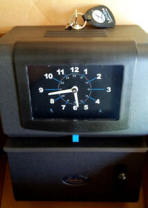 Lathem 2121 Heavy duty High volume Time Clock Still In Box With Keys And Manual
