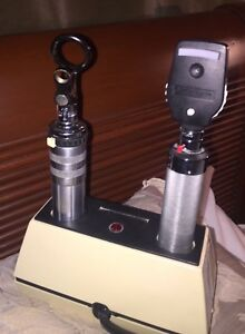 Welch Allyn Ophthalmoscope Otoscope Diagnostic Set W Charger