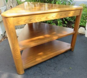 Fab Lane Mid Century Modern Triangle Side Table W Shelves Light Oak Finish