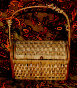 Very Unique Antique Sewing Basket Wood And Reed Top Opens Circa 1900