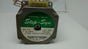 Sanyo Denki Step syn Stepping Motor 103h7123 5040 Dc 2 A 4 Wire