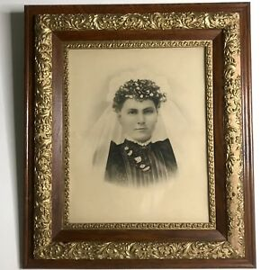 Antique Wood Gilt Gesso Frame Victorian Eastlake Portrait Woman Wavy Glass 30