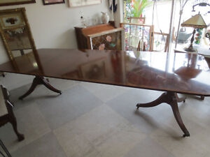 Baker Furniture Banded Mahogany Dining Table Just Redused From 1495