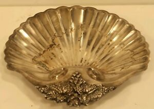 Rare Vintage Wallace Sea Shell W Grapevine Silverplate Fruit Platter No N05705