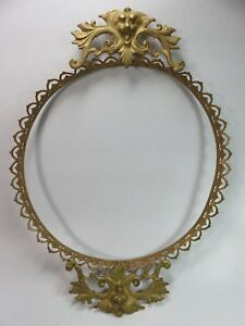 Antique Brass Peruzzi Style Lion Face Embellishment For Serving Tray